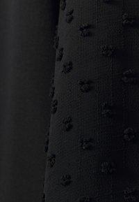 Wallis - PLAIN DOBBY MIX  - Blouse - black - 2