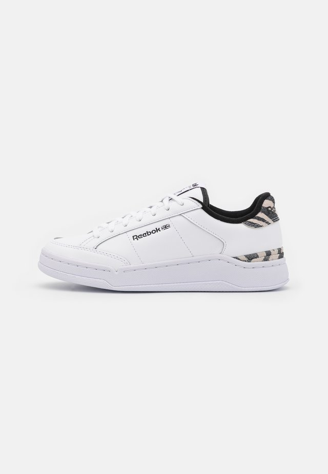 AD COURT - Sneakers basse - footwear white/core black