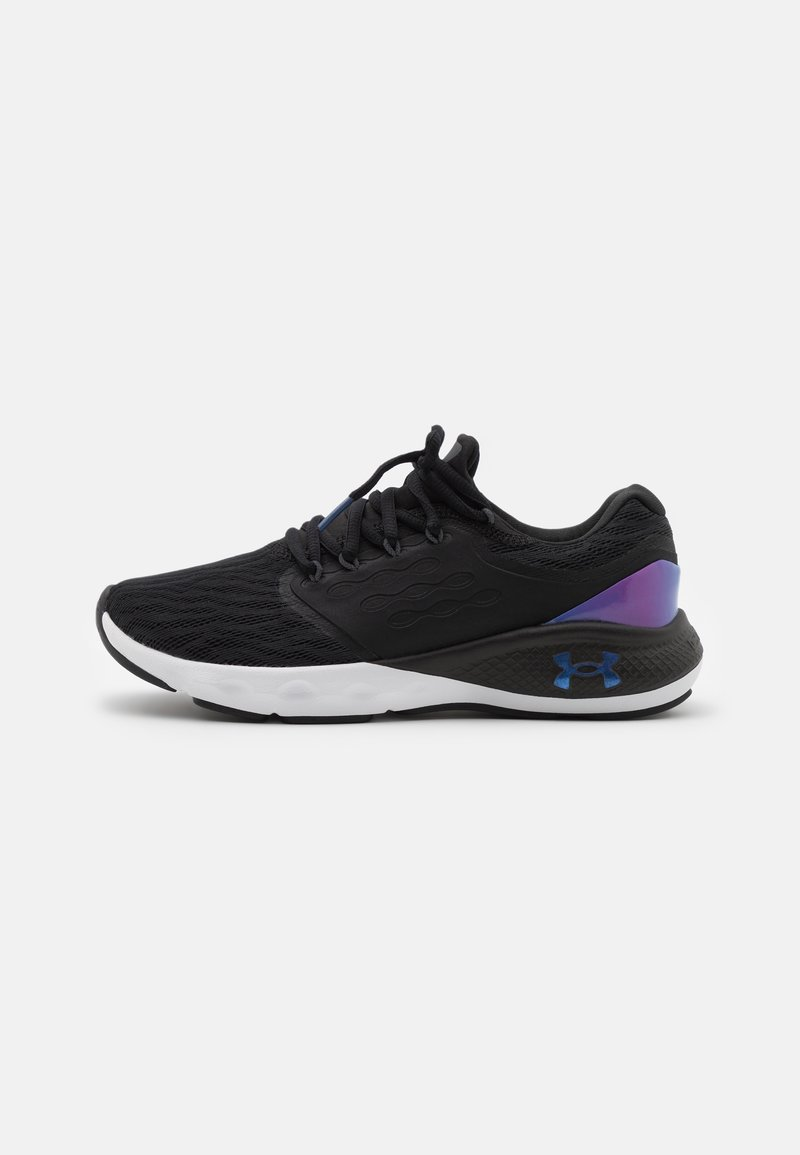 Under Armour - CHARGED VANTAGE  - Neutral running shoes - black