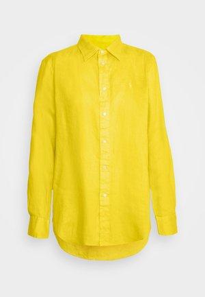 PIECE DYE - Button-down blouse - university yellow