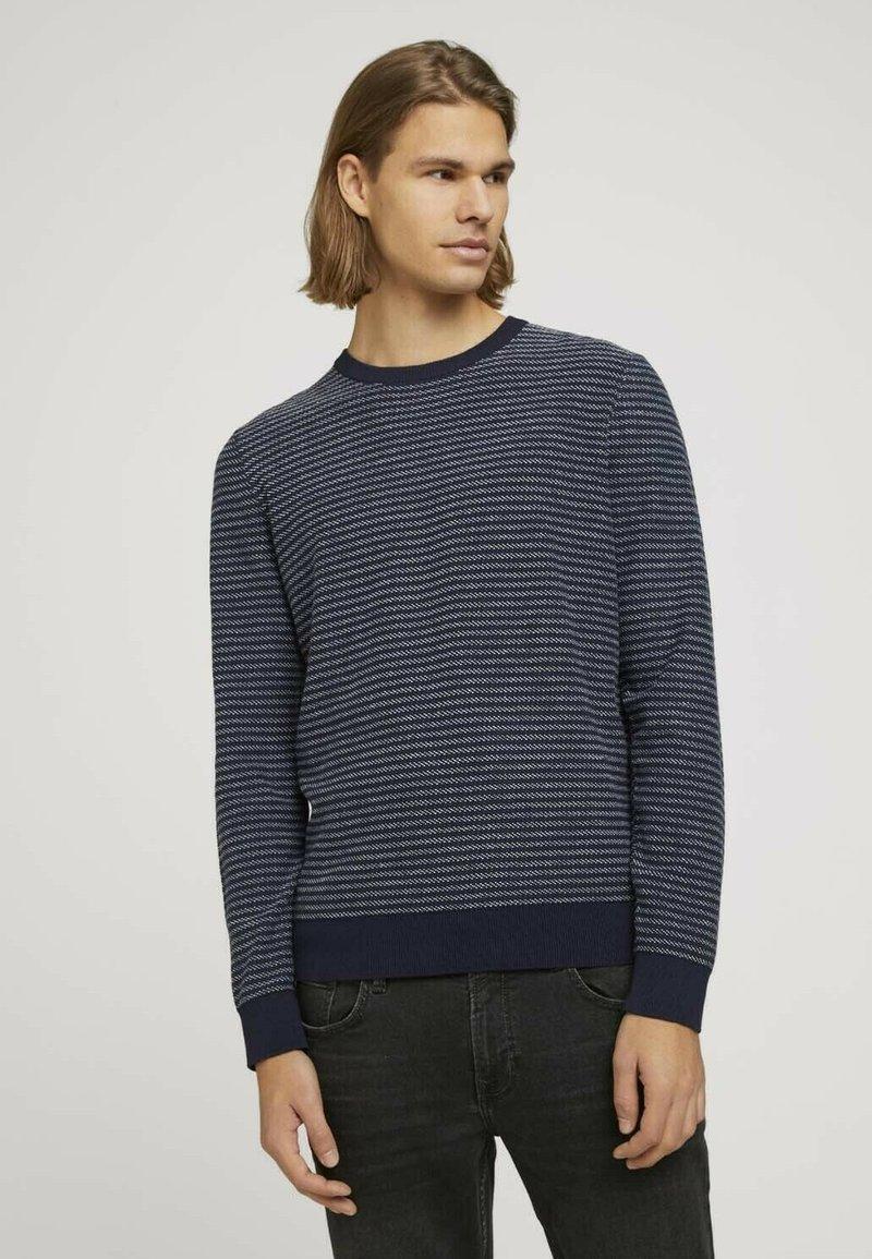 TOM TAILOR DENIM - Jumper - navy blue white stripy pattern