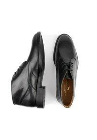 Son Castellanisimos - Zapatos con cordones - noir - 2