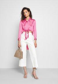 Who What Wear - KNOT  - Button-down blouse - sherbet - 1