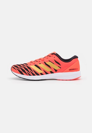 ADIZERO RC 3 RUNNING LIGHTSTRIKE SHOES - Závodní běžecké boty - solar red/gold metallic/core black