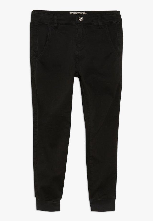 GIRLS STREETWEAR JOGGER - Pantalon classique - schwarz reactive