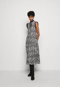See by Chloé - Denní šaty - black/white - 0