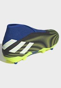 adidas Performance - NEMEZIZ.3 FG LACELESS FUSSBALLSCHUH - Moulded stud football boots - black - 2