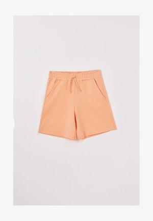 REGULAR FIT SHORTS - Tracksuit bottoms - beige