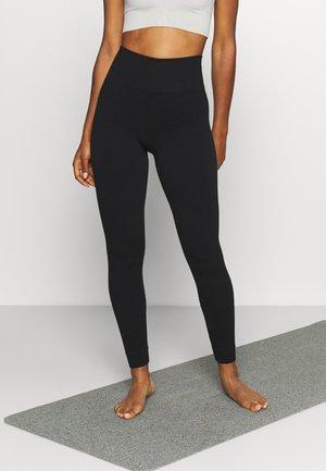 MINDFUL SEAMLESS YOGA LEGGINGS - Tights - black