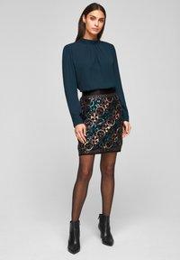 s.Oliver BLACK LABEL - A-line skirt - black aop - 1