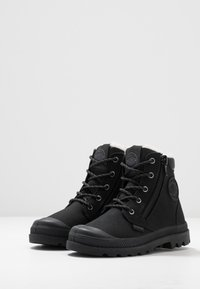 Palladium - HI CUFF WPS - Veterboots - black/forged iron