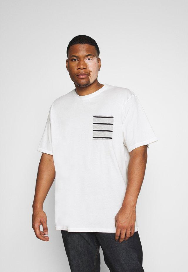 ONSMELTIN LIFE POCKET TEE - Print T-shirt - cloud dancer