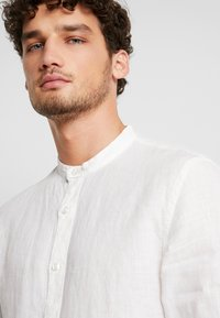 Pier One - Shirt - white - 4