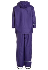 CeLaVi - RAINWEAR SUIT BASIC SET WITH FLEECE LINING - Rain trousers - purple - 1