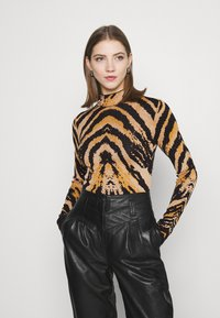 River Island - Strikkegenser - tiger - 0