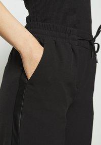 Soyaconcept - SAYA - Trousers - black - 2