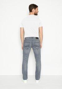 TOM TAILOR - JOSH - Straight leg jeans - grey denim - 2