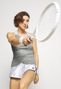 adidas Performance - CLUB SHORT - Krótkie spodenki sportowe - white - 3