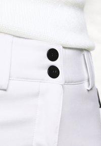 J.LINDEBERG - STANFORD - Pantaloni da neve - white - 4