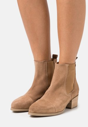PARKER  - Classic ankle boots - taupe