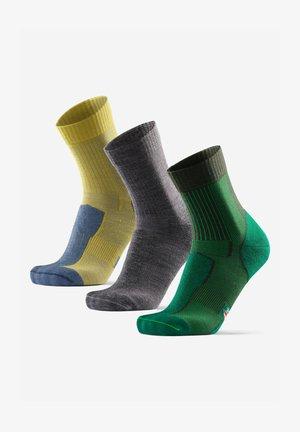 3 PACK - Socks - multicolor  green grey yellow