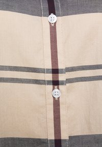 Barbour - MOORLAND SHIRT - Button-down blouse - pearl - 2