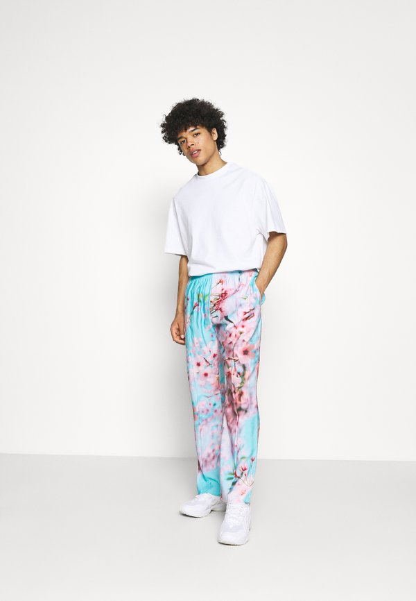 9N1M SENSE SPECIAL PIECES PANTS UNISEX - Spodnie materiałowe - blue/pink/rÓżowy Odzież Męska ZTNH
