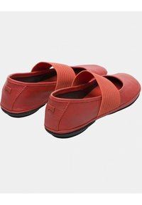 Camper - RIGHT NINA - Ankle strap ballet pumps - metallic red - 3