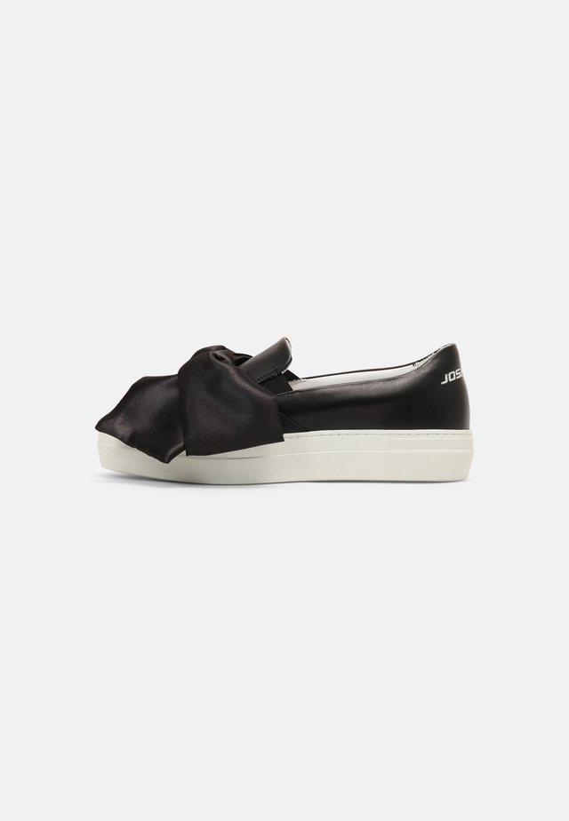 SLIP ON BOW - Sneakersy niskie - black