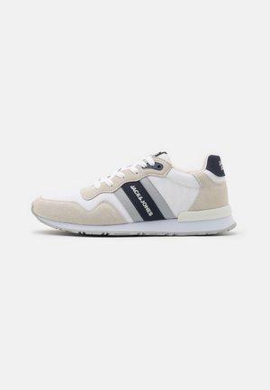JFWSTELLAR - Sneakers basse - winter white