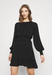 Forever New - JESSICA LONG SLEEVE SMOCK DRESS - Day dress - black - 0