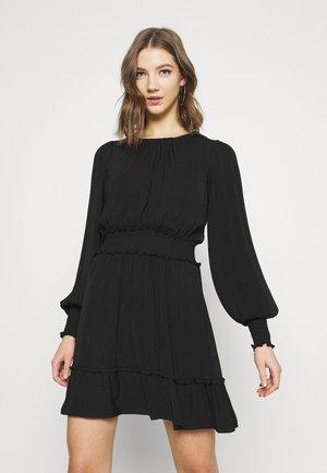 JESSICA LONG SLEEVE SMOCK DRESS - Denní šaty - black