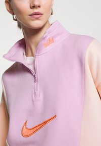 Nike Sportswear - Sweater - light arctic pink - 4