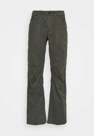 CRONIN PANT MENs - Pantaloni - moonshadow