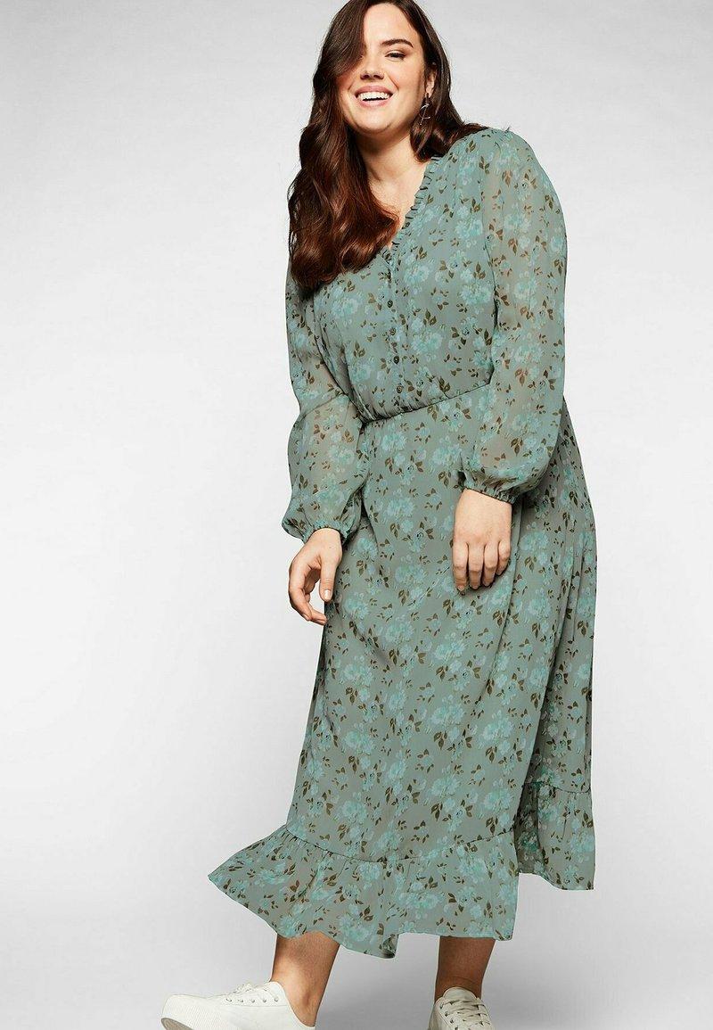 Sheego - Korte jurk - eukalyptus bedruckt