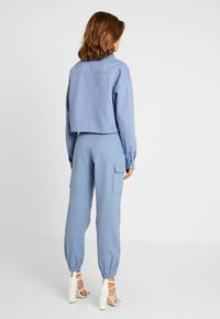 Missguided - BELTED UTILITY COMBAT TROUSER - Cargo trousers - blue - 2