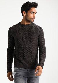 Pier One - Sweter - mottled brown - 0