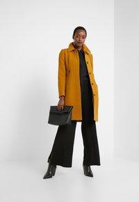 J.CREW - LADY DAY UPDATE - Classic coat - dark amber - 1