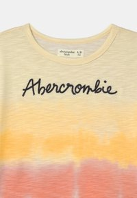 Abercrombie & Fitch - EMBROIDERED LOGO  - Triko s potiskem - multi color - 2