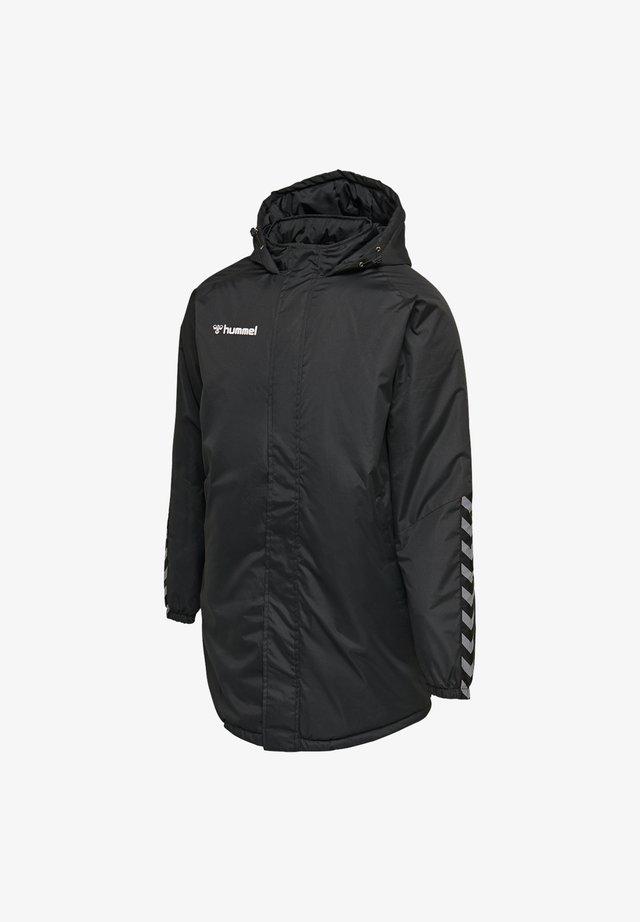 Winter coat - schwarzweiss