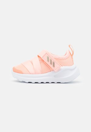 FORTARUN KIDS NEXT SPORTS RUNNING SHOES UNISEX - Zapatillas de running neutras - hazel coral/footwear white/grey two