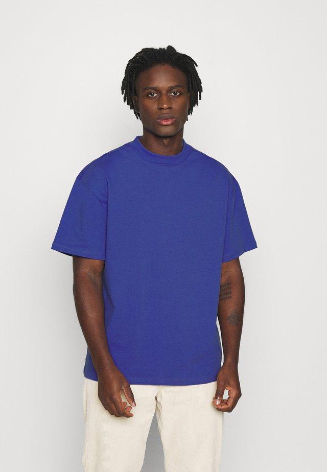 GREAT - T-shirt basique - dark purple