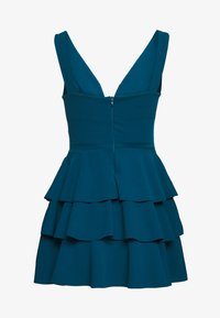 WAL G PETITE - V NECK DOUBLE DRILL DRESS - Koktejlové šaty/ šaty na párty - teal blue - 4