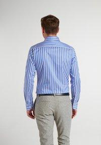 Eterna - Shirt - hellblau/weiß - 1