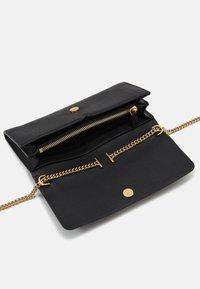 kate spade new york - TOUJOURS TOP HANDLE CROSSBODY - Handbag - black - 2