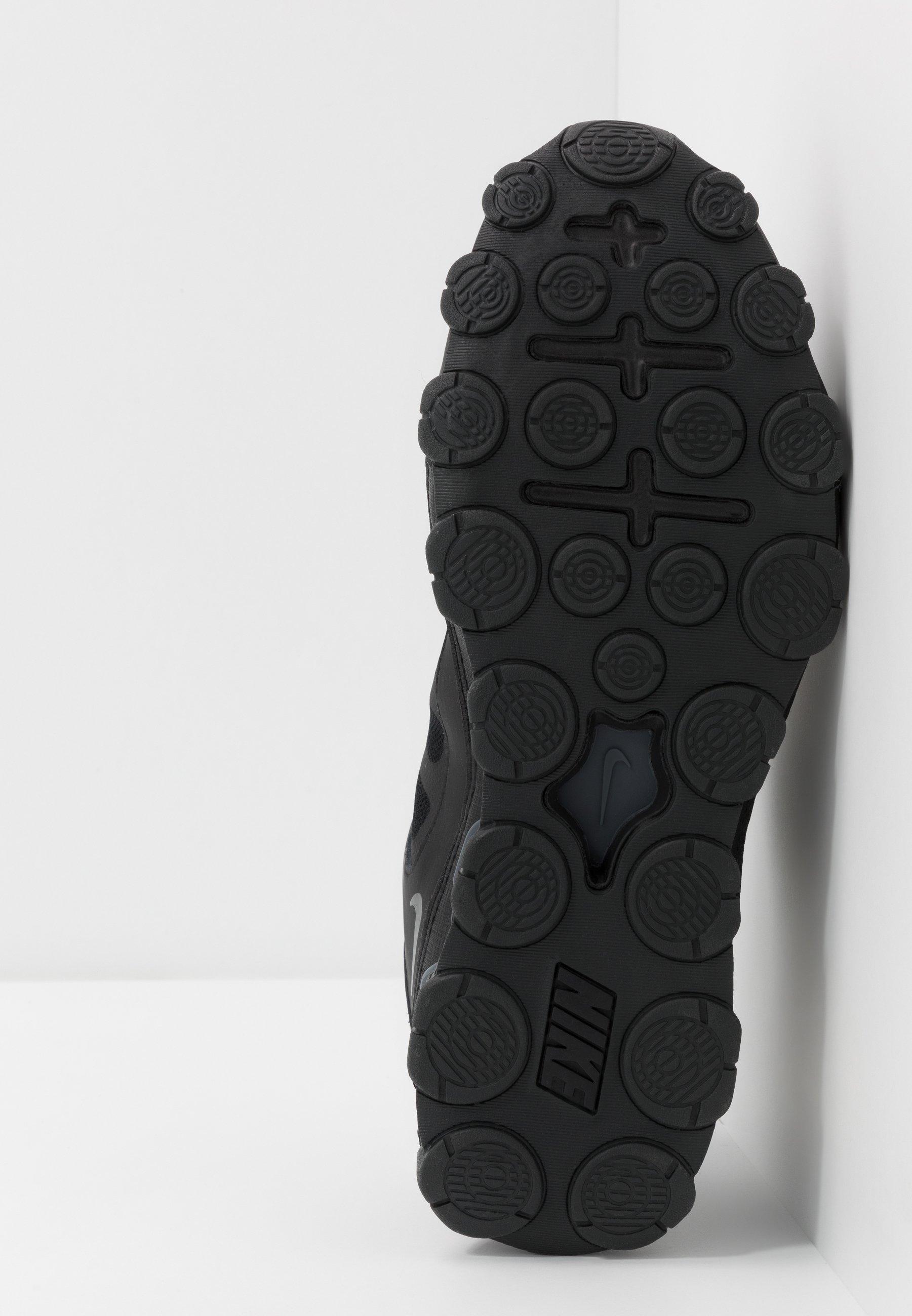 Men REAX 8 TR - Sports shoes