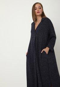 Madam-T - CLARICE - Day dress - blau - 5