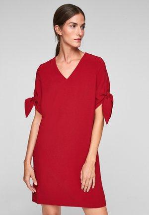 Robe d'été - bright red