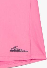 O'Neill - LOGO SKINS - Koszulki do surfowania - pink lemonade - 3