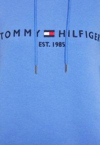 Tommy Hilfiger - TH ESS HILFIGER HOODIE LS - Hoodie - iris blue - 5